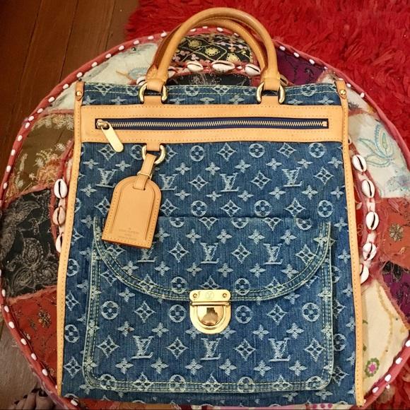 Louis Vuitton Handbags - Louis Vuitton Denim Sac Plat Tote